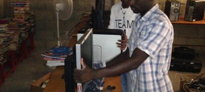 Vos ordinateurs dans une salle informatique en Haïti