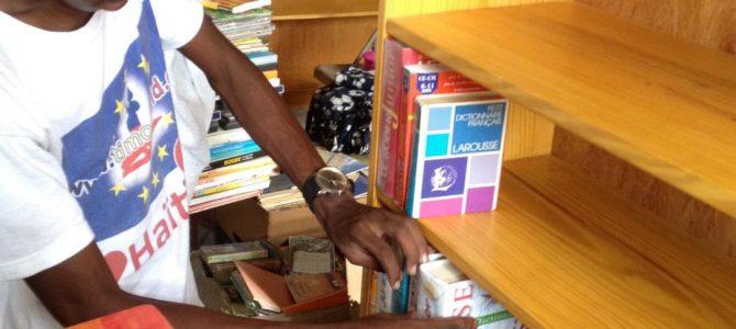 Une bibliothèque financée par HAÏTI en Choeur